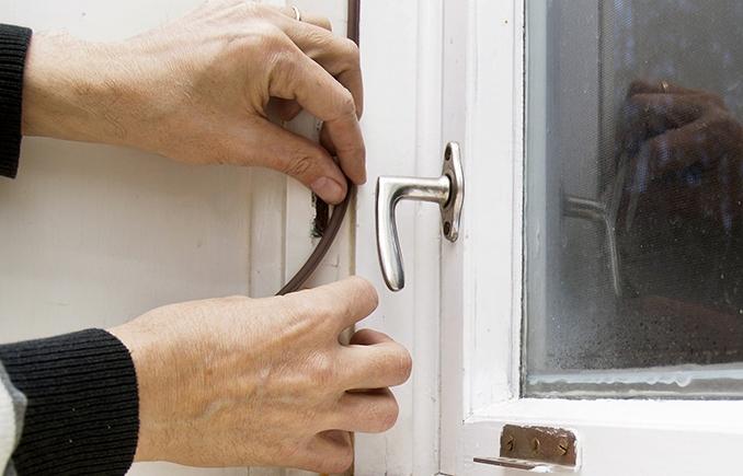 tiivistämällä ikkunat voit säästää lämmityskuluissa