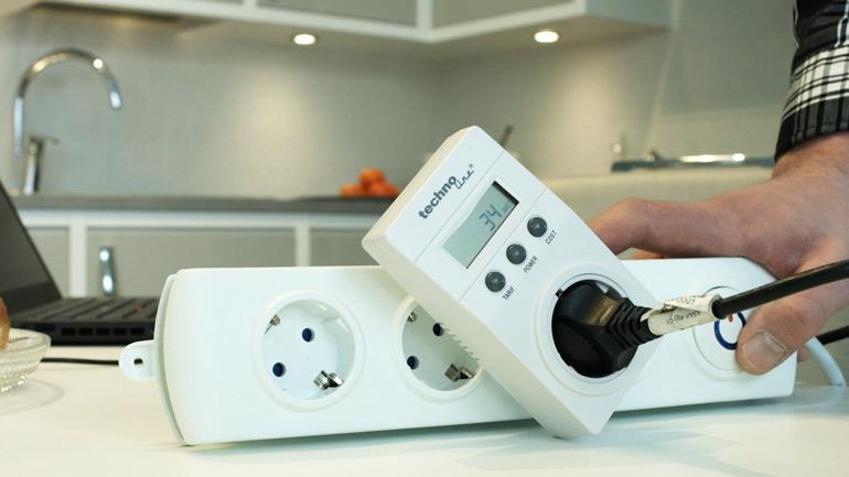 Energiankulutusmittari paljastaa turhan kulutuksen